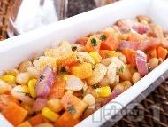 Боб по венециански с моркови, целина, царевица и червен лук